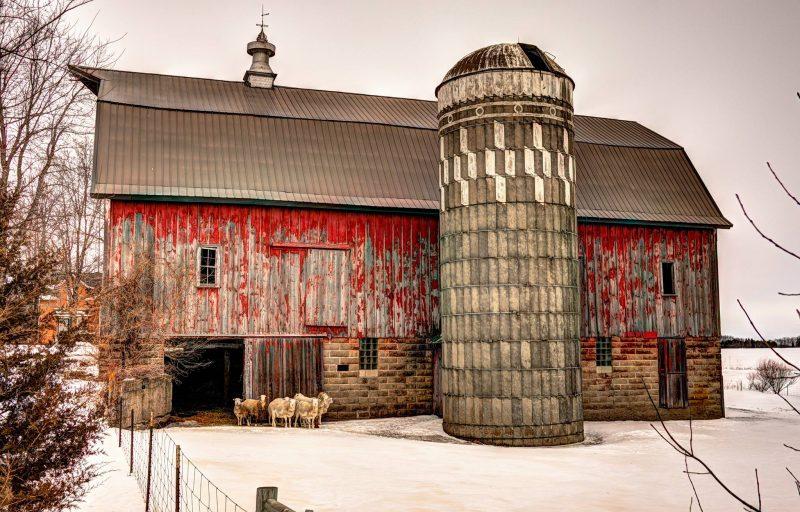 Old Barn Hwy #83